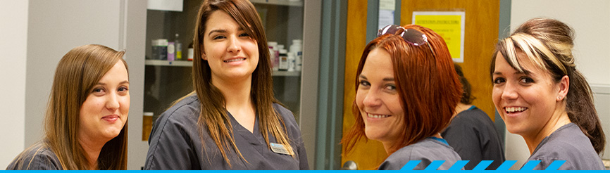 Smiling PCC Veterinary Tech students